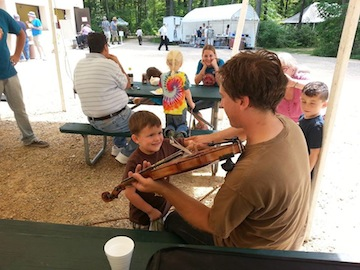 Kid with fiddle in Shawano